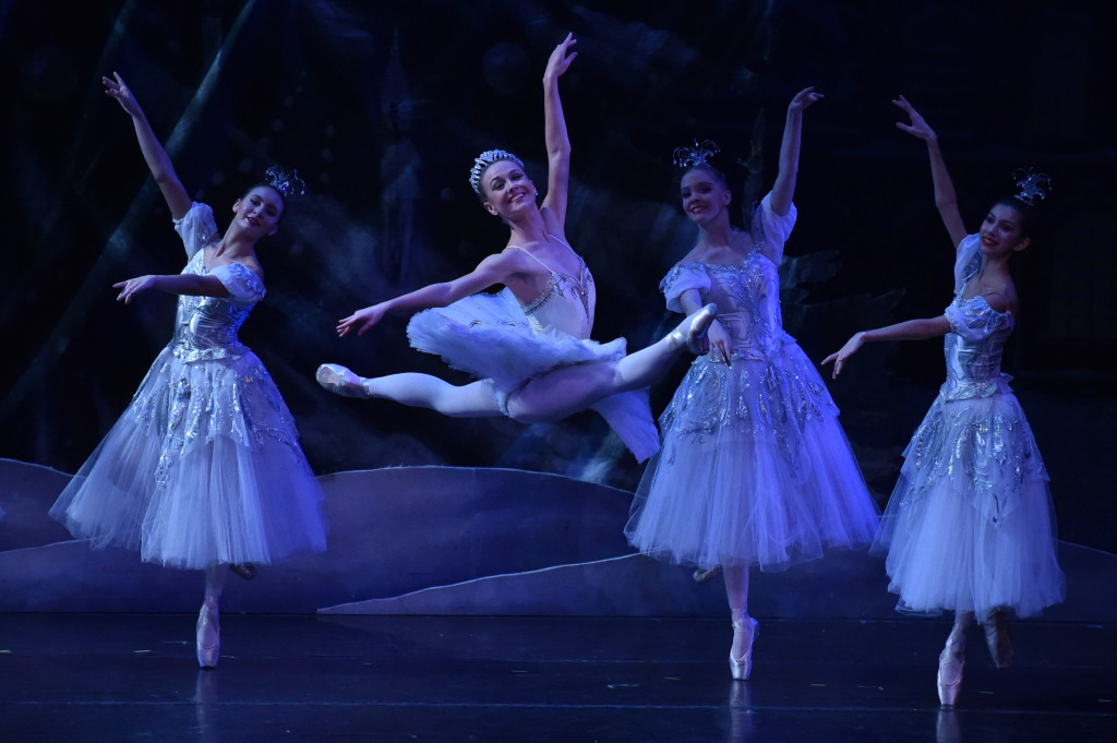 9_FestivalBalletTheatre_Nutcracker2015-PC-DaveFriedman